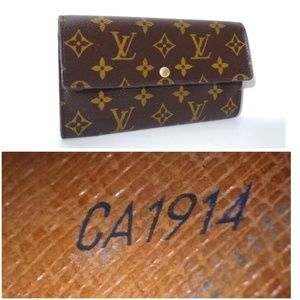 Authentic Sarah Monogram Leather Wallet